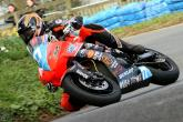 NW200: Farquhar clinches Supertwins top spot