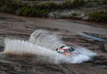 Al-Attiyah wins stage 12, Peterhansel closes in on Sainz
