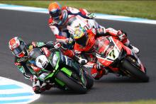 Rea holds his nerve as Davies loses out