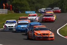 Start, Colin Turkington (GBR) - Team RAC BMW 320si E90 leads
