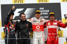 31.07.2011 podium: 1st Jenson Button (GBR), McLaren Mercedes, MP4-26, 2nd Sebastian Vettel (GER), Re