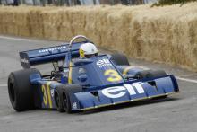 Scheckter demos Tyrrell six-wheeler at CarFest South