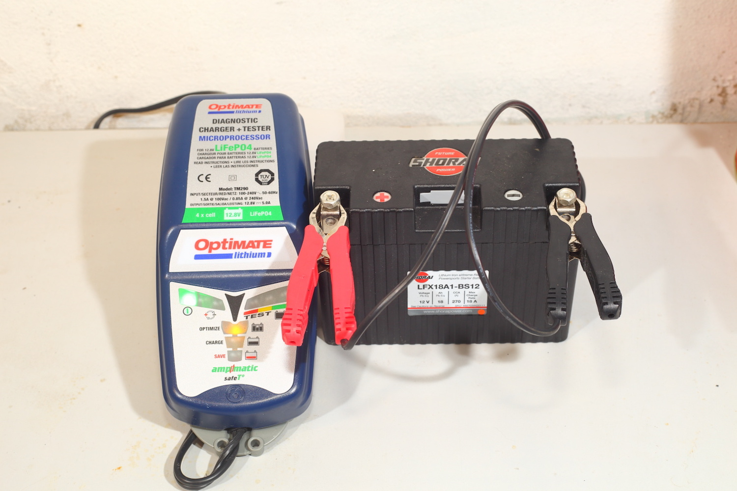Optimate lithium charger