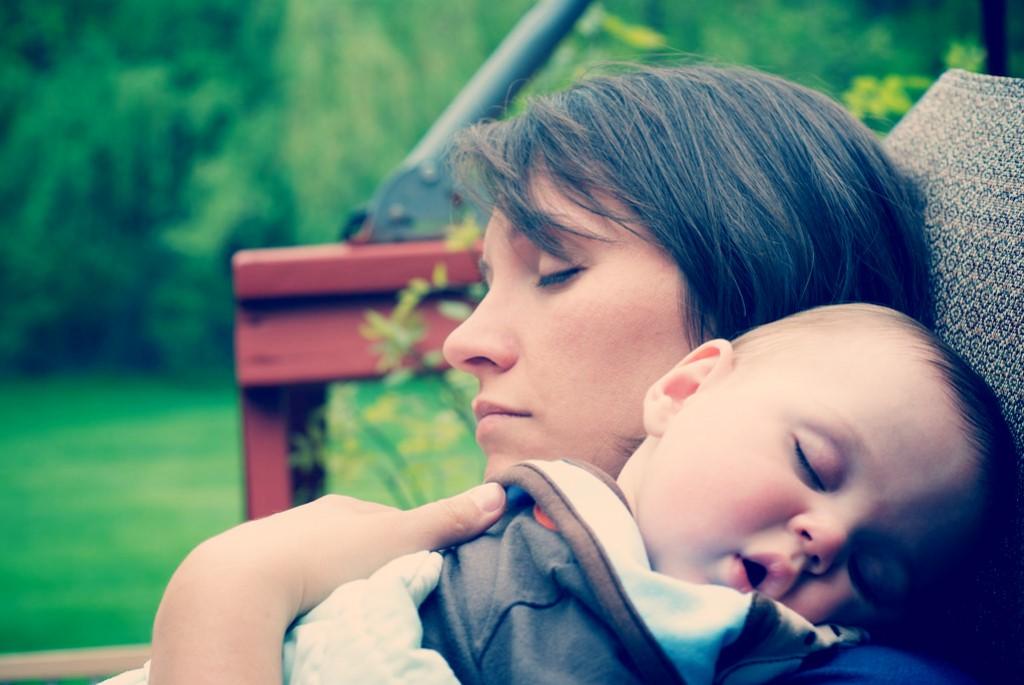 Tacto y vínculo materno-filial