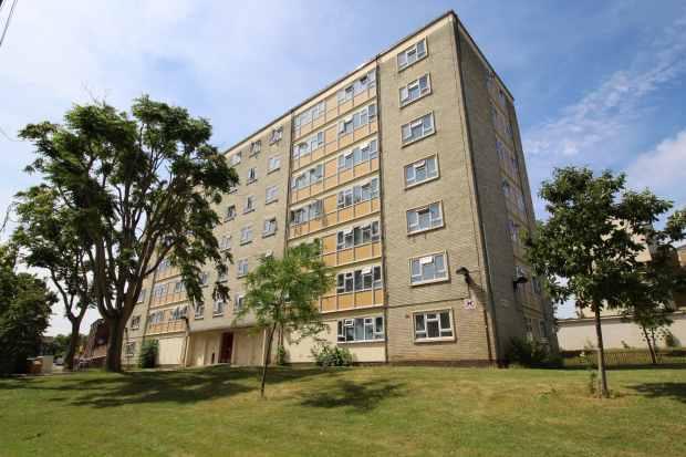 3 Bedrooms Flat for sale in Cedar House, Wood Green, London The Metropolis[8], N22 5RU