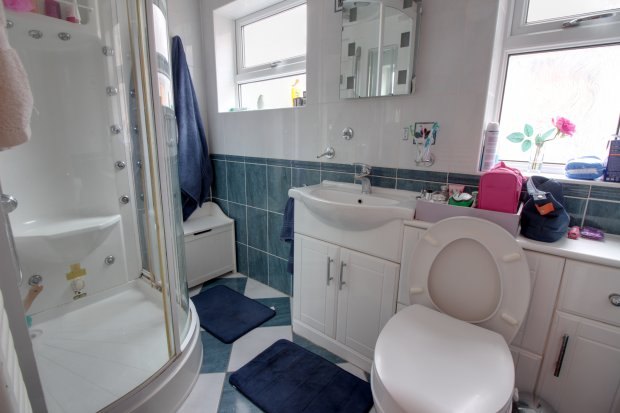 Bathroom Design East Yorkshire terraced house for sale in victoria avenue, east yorkshire