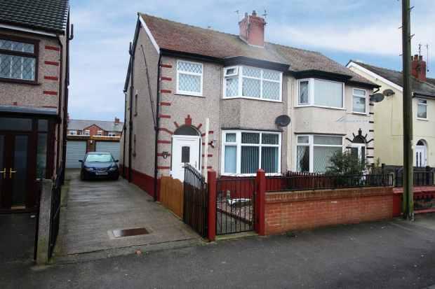 3 Bedrooms Semi Detached House for sale in Manor Road,, Fleetwood, Uk, Lancashire, FY7 7LJ