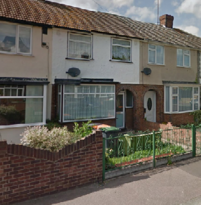 3 Bedrooms Terraced House for sale in Acacia Road, Bedford, Bedfordshire, MK42 0HS