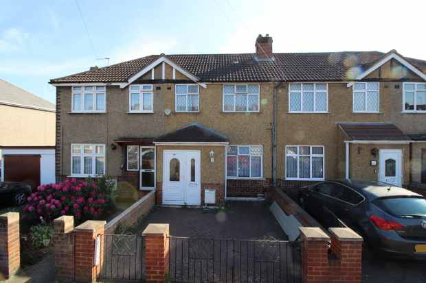 England property for sale in London, Hayes