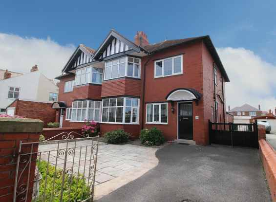 4 Bedrooms Semi Detached House for sale in Rowsley Road, Lytham St Annes, Lancashire, FY8 2NT