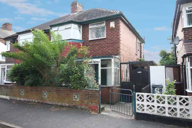 3 Bedrooms Semi Detached House for sale in Fleet Street, Manchester, Greater Manchester, M18 8TE