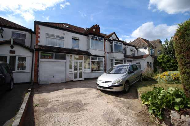 4 Bedrooms Semi Detached House for sale in Church Road, Birmingham, West Midlands, B33 8PG