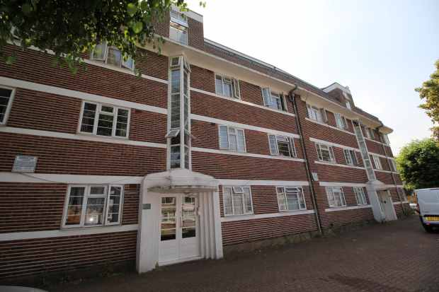 2 Bedrooms Apartment Flat for sale in Nicoll Court, Willesden, Greater London, NW10 9AD