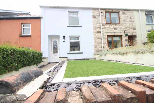 3 Bedrooms Terraced House for sale in King Street, Ebbw Vale, Gwent, NP23 4DH