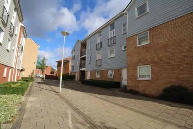 1 Bedroom Flat for sale in Merlin Walk, Birmingham, West Midlands, B35 6QL
