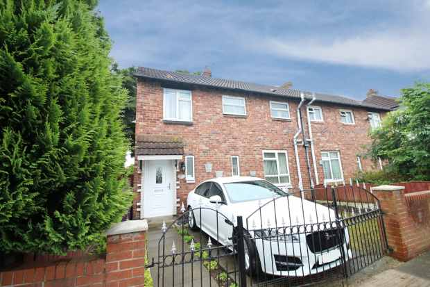 3 Bedrooms Semi Detached House for sale in Deverell Road, Liverpool, Merseyside, L15 7JJ