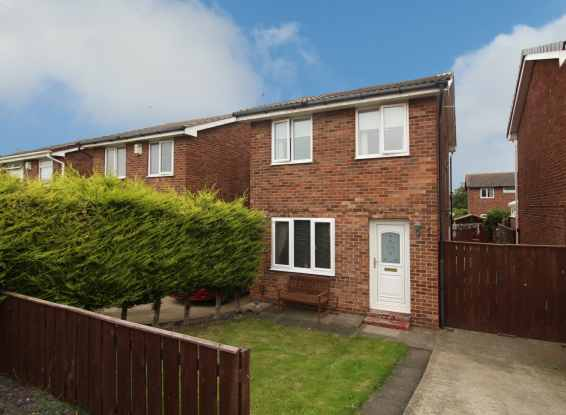 2 Bedrooms Detached House for sale in Fernwood, Redcar, Cleveland, TS10 4NF