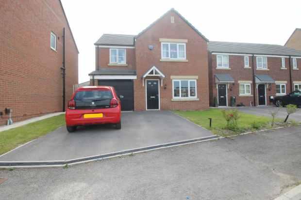 4 Bedrooms Detached House for sale in Alder Road, Leeds, Yorkshire, LS14 2FJ