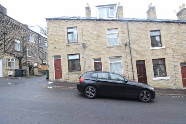 3 Bedrooms Terraced House for sale in Elia Street, Keighley, West Yorkshire, BD21 4BH