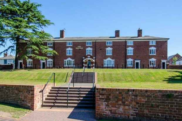 1 Bedroom Apartment Flat for sale in The Tontine, Stourport-On-Severn, Worcestershire, DY13 9EN