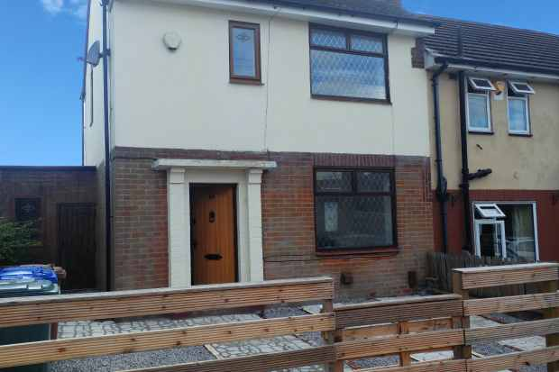 3 Bedrooms Semi Detached House for sale in Cavendish Road, Rochdale, Lancashire, OL11 2QX
