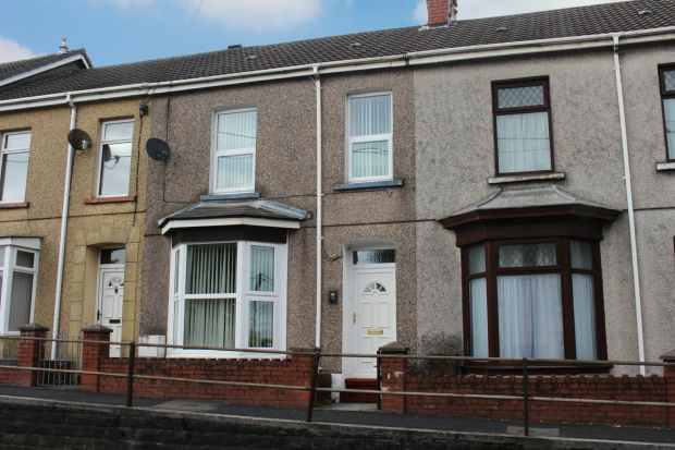4 Bedrooms Terraced House for sale in Capel Isaf Road, Llanelli, Dyfed, SA15 1QD