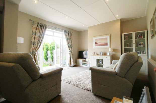 3 Bedrooms Terraced House for sale in Finings Street, Langley Park, Durham, DH7 9UE