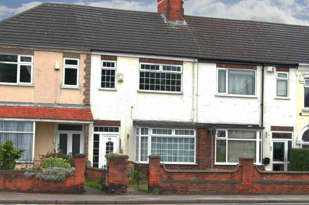 6 Bedrooms Terraced House for sale in Grimsby Road, Cleethorpes, South Humberside, DN35 8AJ