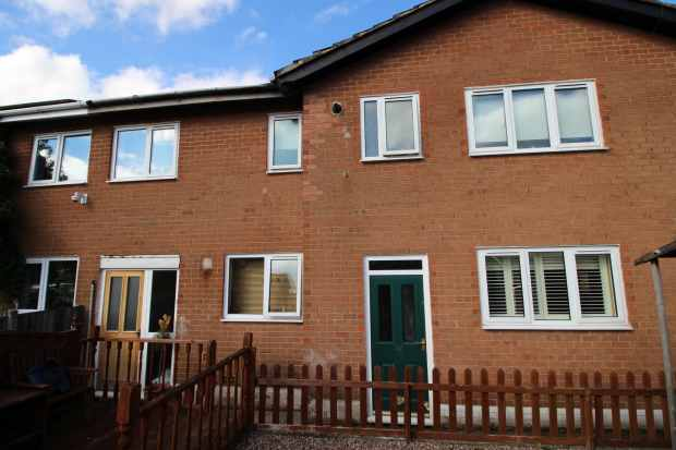 6 Bedrooms Semi Detached House for sale in Longridge, Knutsford, Cheshire, WA16 8PD