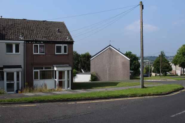 Brown Hill Avenue, Burnley, Lancashire, ...
