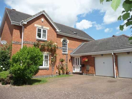 Henman Close, Swindon, Wiltshire, SN25 4...