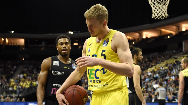 Niels Giffey von Alba Berlin war nach dem Spiel in Oldenburg sauer (Foto: picture alliance / City-Press GbR)