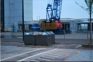 Een collage van de bouw van het nieuwe gebouw.