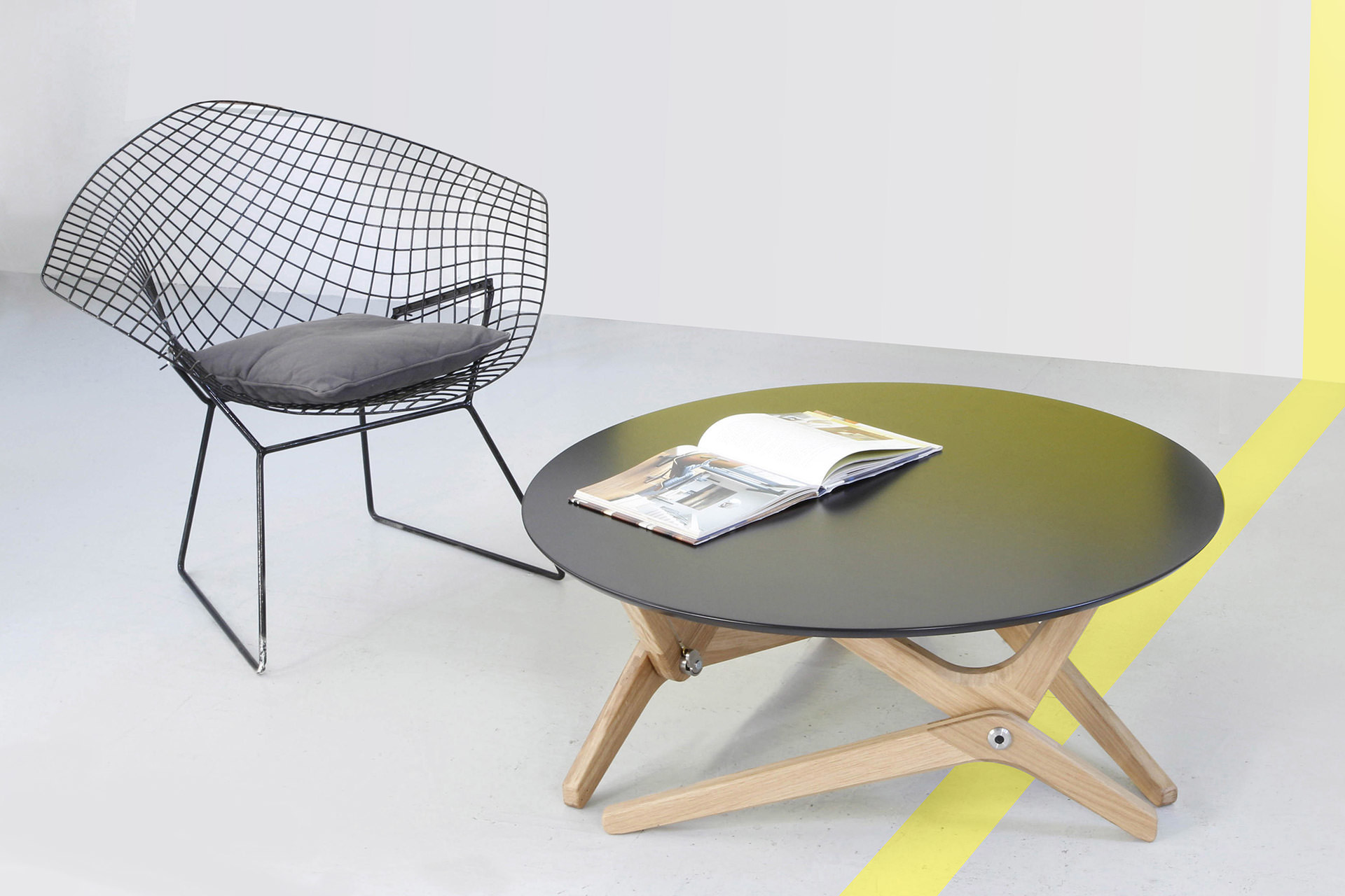 Archimède: From Couch to Dining Table In Just One Move