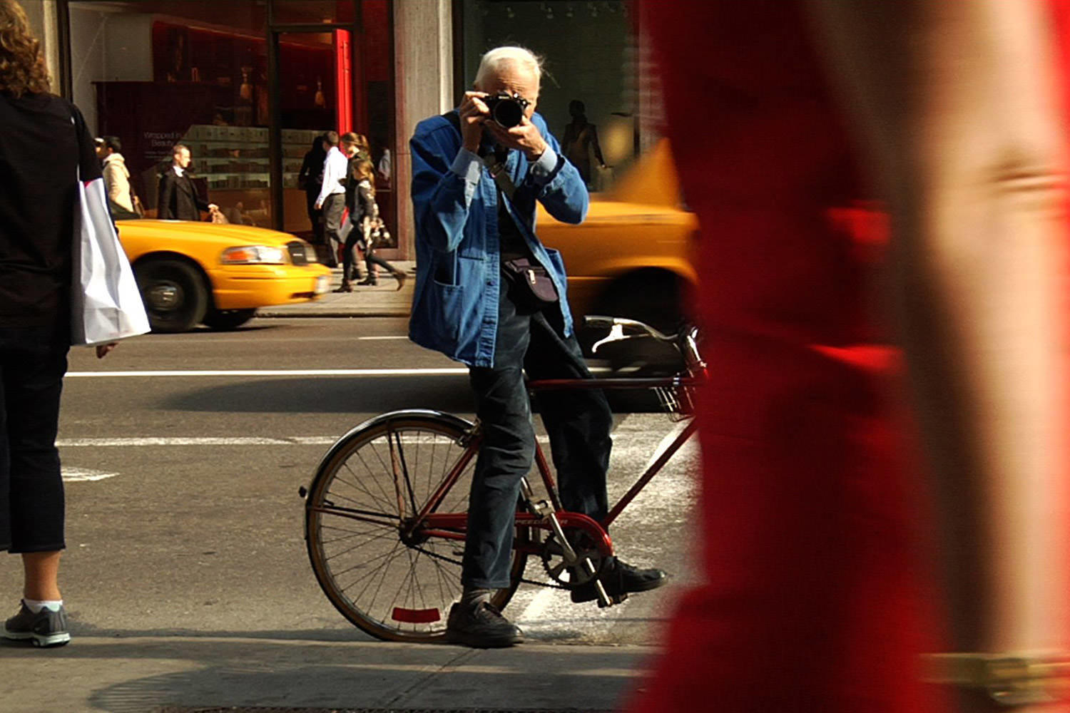 Bill Cunningham: New York Photographer Legend Deceased