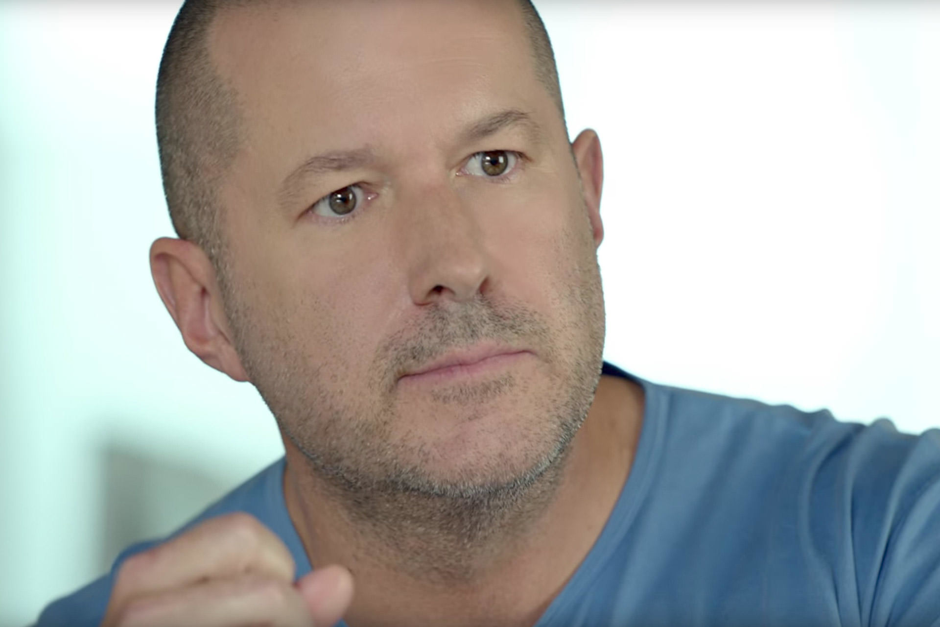 Jonathan Ive Talks About The Challenges As a Designer