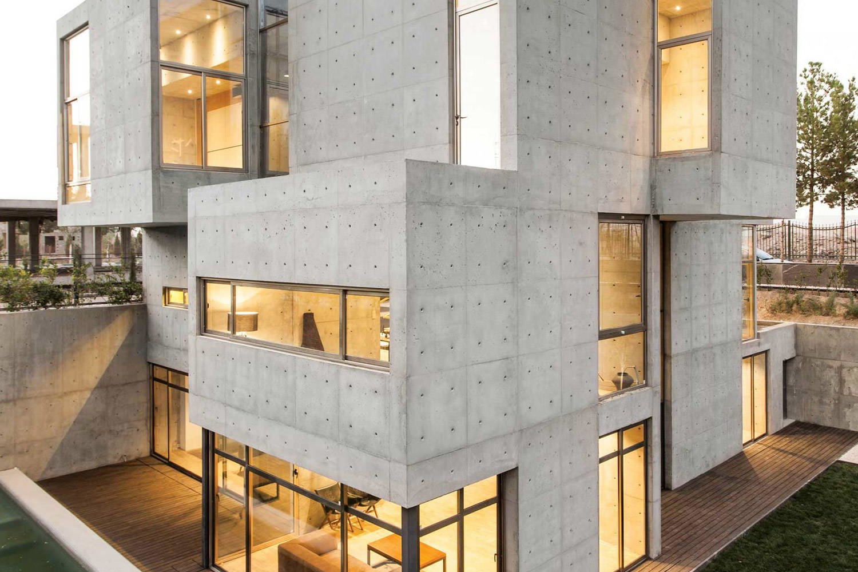Komplett aus beton und glas bracket design studio gestaltet villa