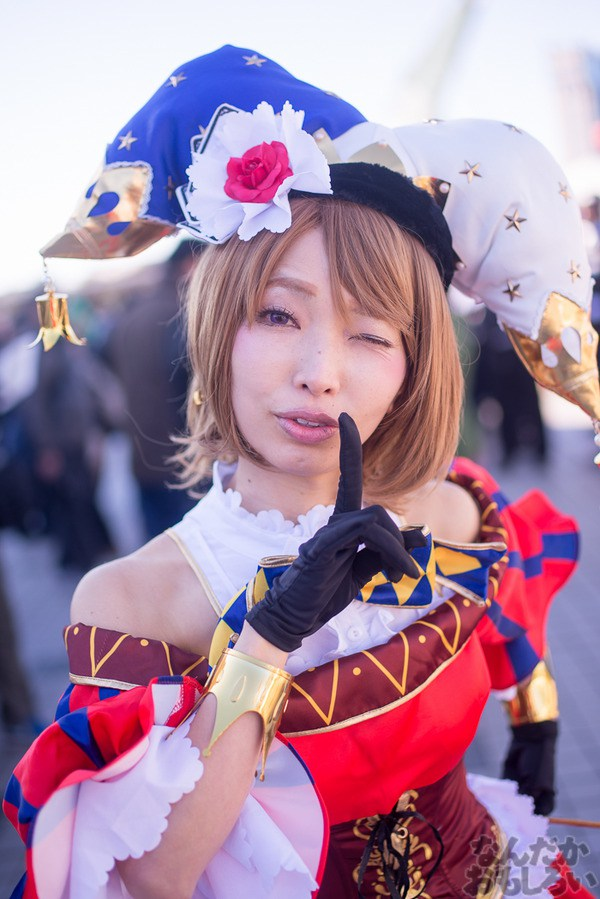 Comiket-89-Anime-Manga-Cosplay-Day-1-15