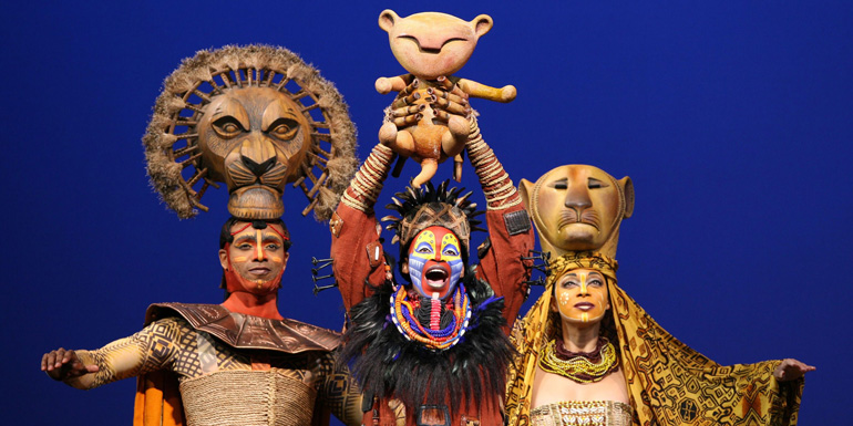 "Foto di scena del musical ""The Lion King"" di Julie Taymor."