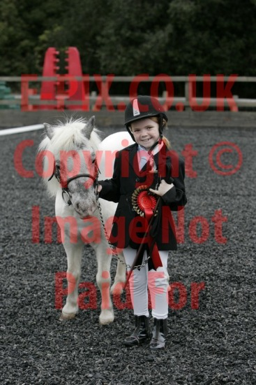 Squirrells Riding School - Showing 13-09-2015