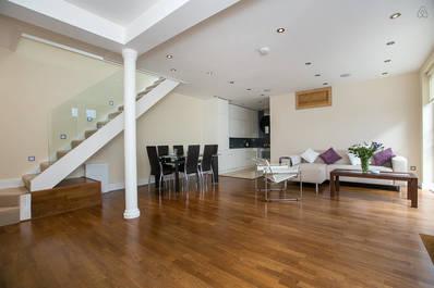 Luxury House 3bed 2bath in Chelsea (SALVATORE 1)