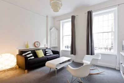 Trendy flat in the heart of London (Flat 2 // Ground Floor)