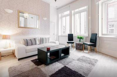 Luxury Flat next to Harrods Chelsea