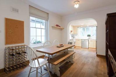 Spacious Garden flat in Maida Vale