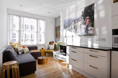 Modern 2bed in Brook Green/ Olympia