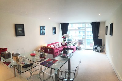Modern 2bed next to Battersea Park