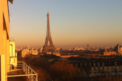 Stunning Eiffel Tower View,Perfect 2 Bedrooms Flat