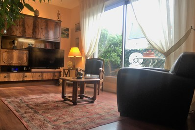 2bdr Flat with Private Rooftop next to Montmartre