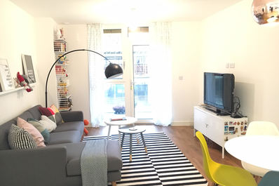 Brand new 2 beds flat close to Canary Wharf