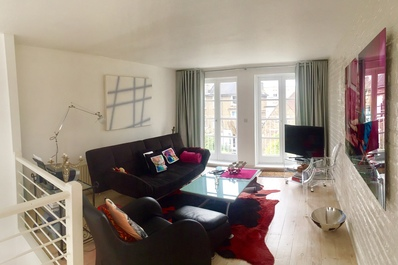 Exquisite and chic 1 bed 2 bath flat in Chelsea